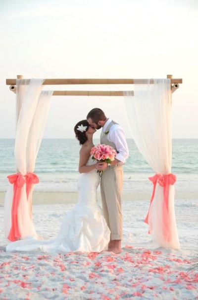 I M Getting Married On The Beach