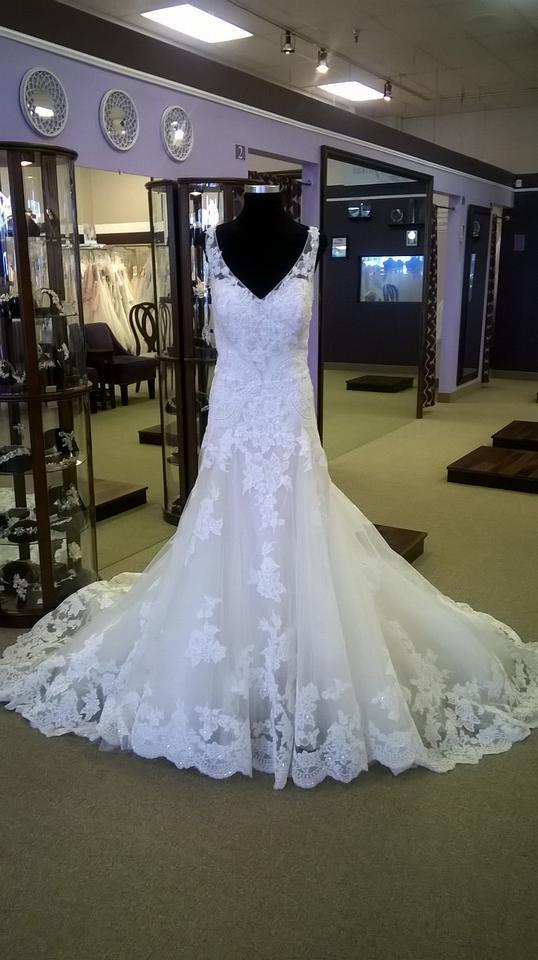 Casablanca Ivory Lace Wedding Dresses